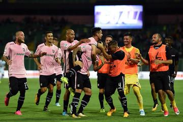 Трајковски погоди за Палермо против Бари