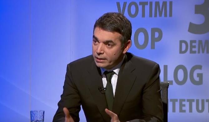 Димитров вели дека опозицијата треба да биде вклучена во процесот за решавање на името
