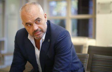 Албанските аналитичари:Рама повеќе да работи, помалку да зборува