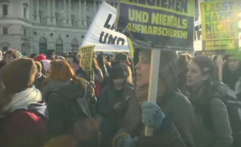 Виена протестира против Владата