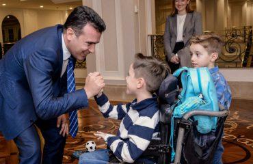 """Zaev: Menjëherë do të fillojë procedura për sigurimin e ilaçit """"Spinraza"""""""