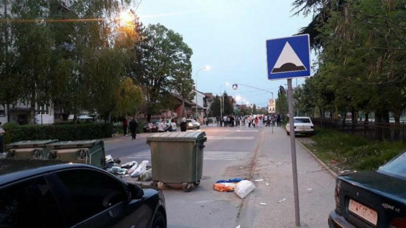 Жители на Ѓорче Петров се собраа на протест откако дете настрада во сообраќајка