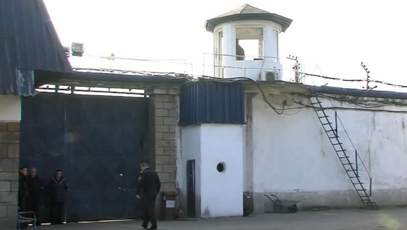 Në burgun e Shutkës rrihet dhunuesi i Selës