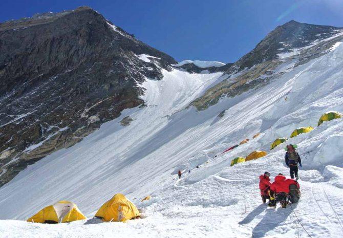 Македонски планинар почина на Хималаите
