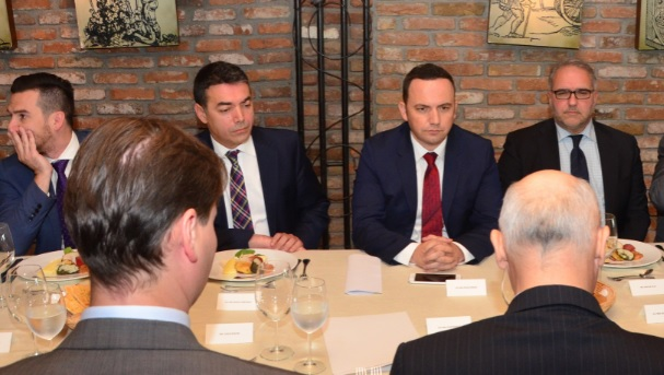 Osmani and Dimitrov unanimous: Macedonia deserves date for EU and NATO accession talks