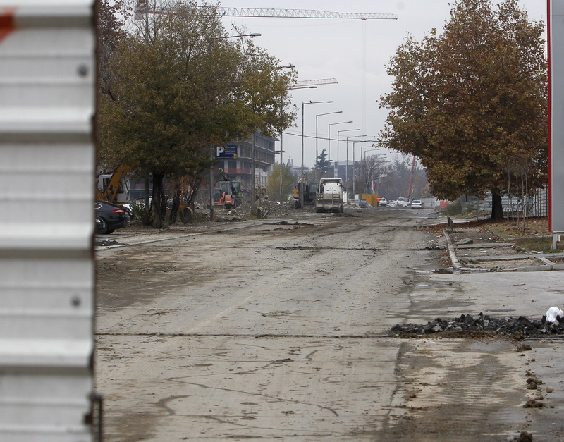 Скопје нападнато од четири страни