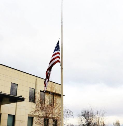 Flag in front of US Embassy in Skopje lowered to half-mast in honor of bus crash victims