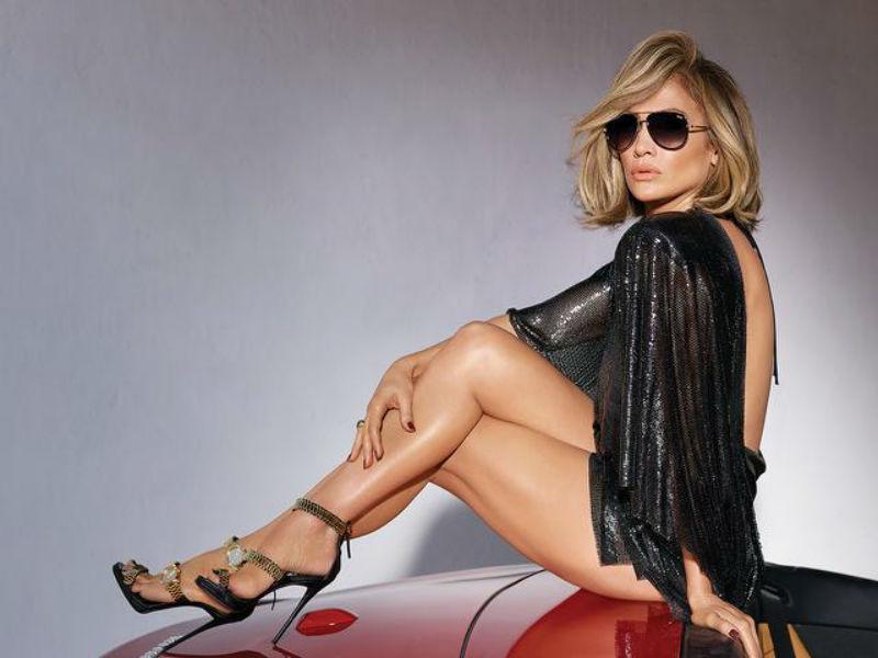 Нова модна револуција: Џеј Ло во безвременски сандали