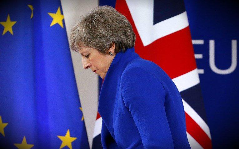 Тереза Меј најави оставка доколку се реализира Брегзит