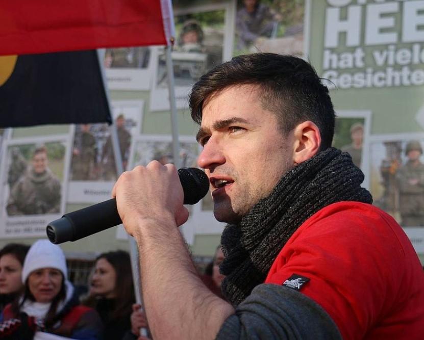 """Австрија: Претрес во стан на движењето """"Идентитарист"""" поради врски со убиецот во Крајстчрч"""