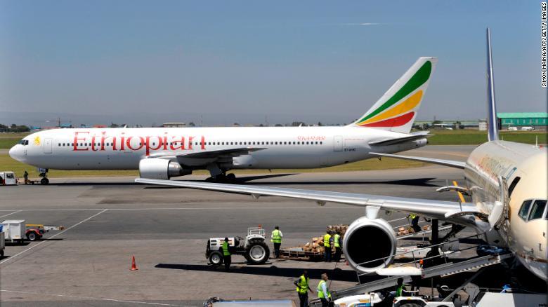 (ФОТО) Објавена првата фотографија од местото каде се урна етиопскиот авион