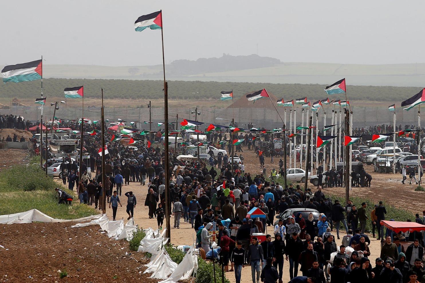 Тинејџер загина,  над 200 повредени на протестот помеѓу Израел и Појасот Газа