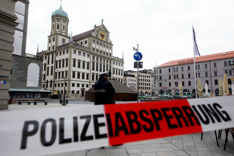 Германија: Евакуација поради дојави за поставени бомби