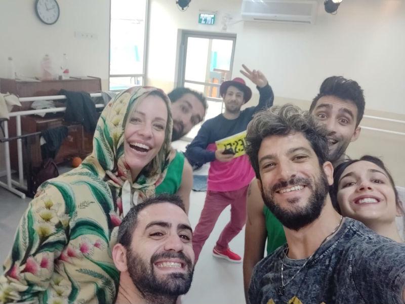 Тамара со разгледница од Израел: Овде е лудо!