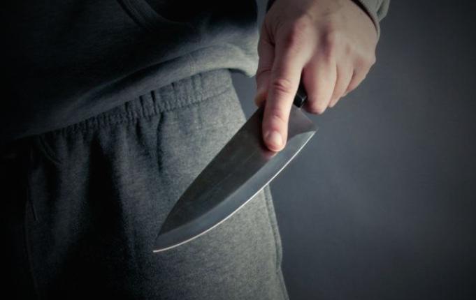 Тинејџер со нож повредил малолетник во Скопје