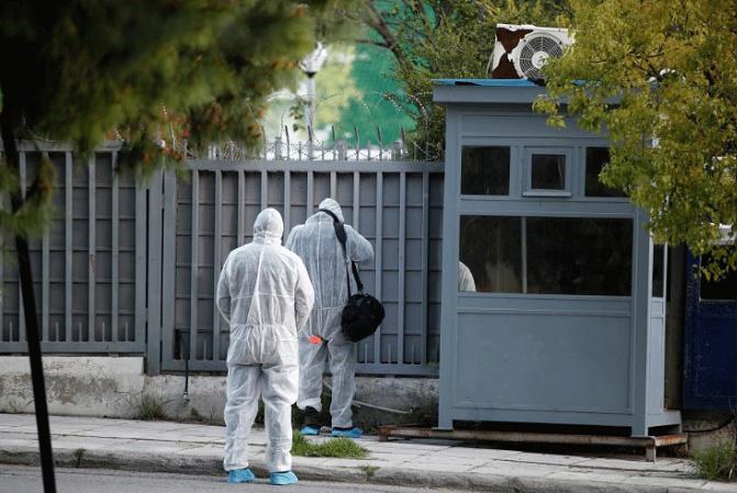 Руската амбасада во Грција го осуди нападот со рачна бомба врз конзуларниот дел