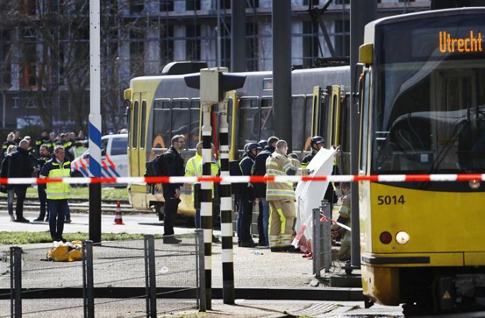 Të shtëna me armë në Holandë  janë vrarë tre persona  ndërsa nëntë të tjerë janë plagosur