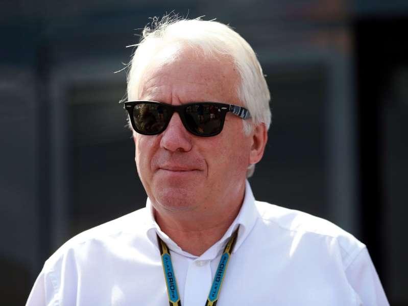 Почина тркачкиот директор на Формула 1, Чарли Вајтинг